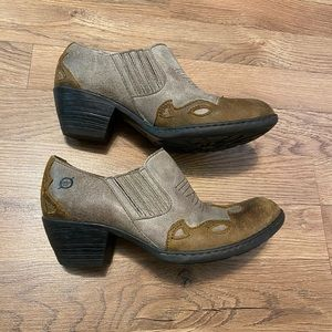 Born Boots Size 6 ankle  GUC